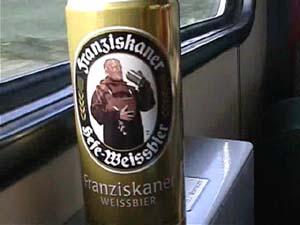 車窓とビール