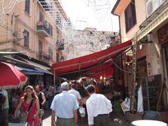 バラッロの市場