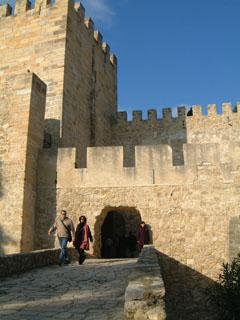 サンジョルジェ城の門