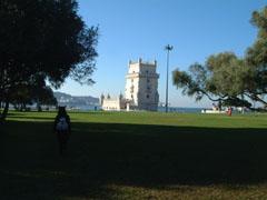 遠めのベレンの塔